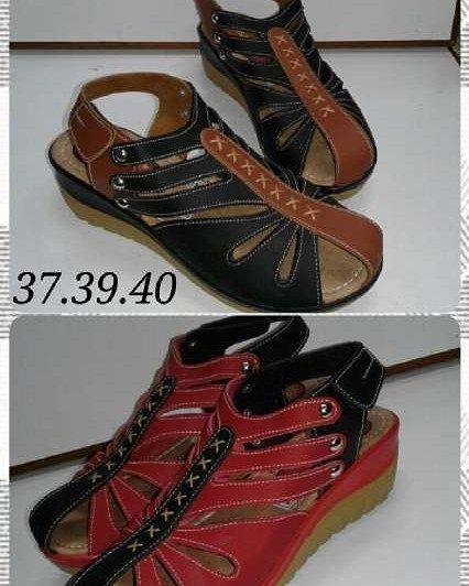 Flat shoes rainbow Material kulit sintetis Harga 100 Size3637383940 Order P Flat shoes rainbow Material kulit sintetis Harga 100 Size3637383940 Order P