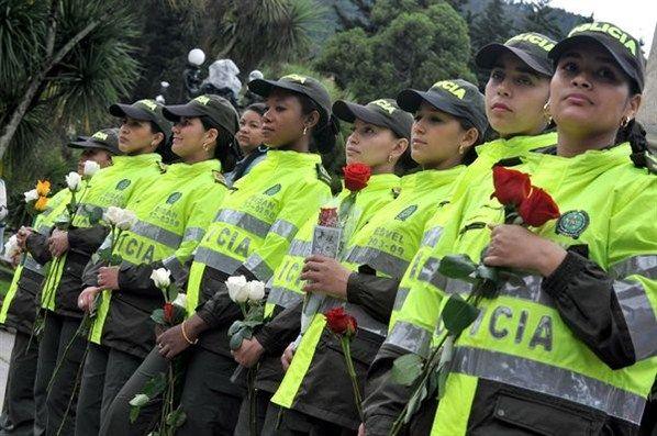 Timeline Photos Policia Nacional De Los Colombianos Mujer Policia Feliz Dia De La Mujer Dia De La Mujer !feliz día de la mujer! timeline photos policia nacional de
