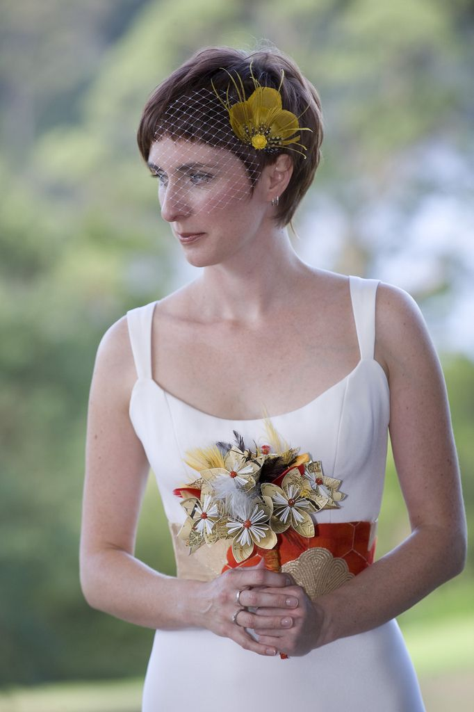 26 wedding fascinators for short-haired brides that ll make you want ... 6e825b21a62