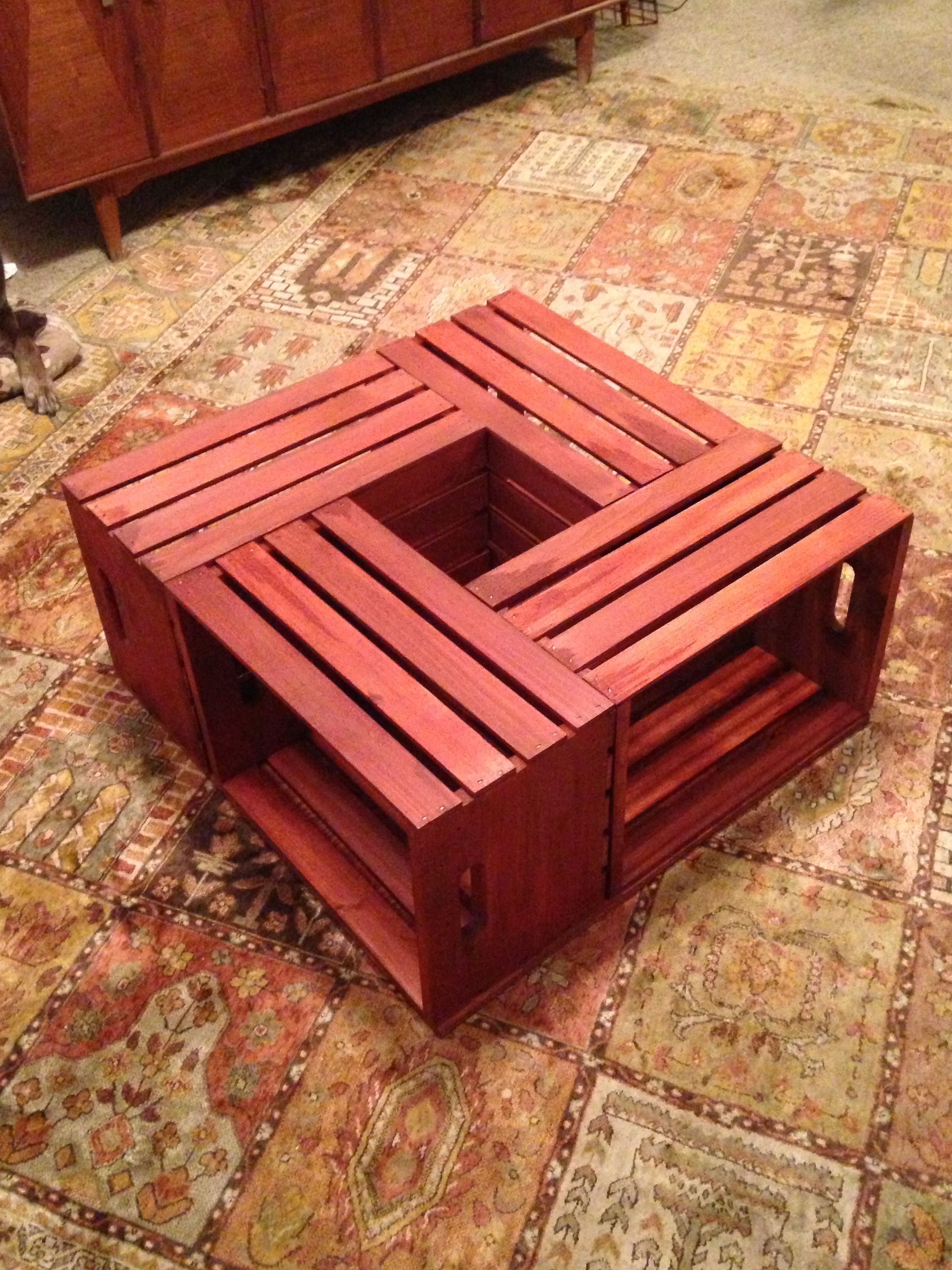 Diy Crate Coffee Table Potted Plant In The Middle Yaaaayyyy Diy Crate Coffee Table Crate Coffee Table Diy Coffee Table