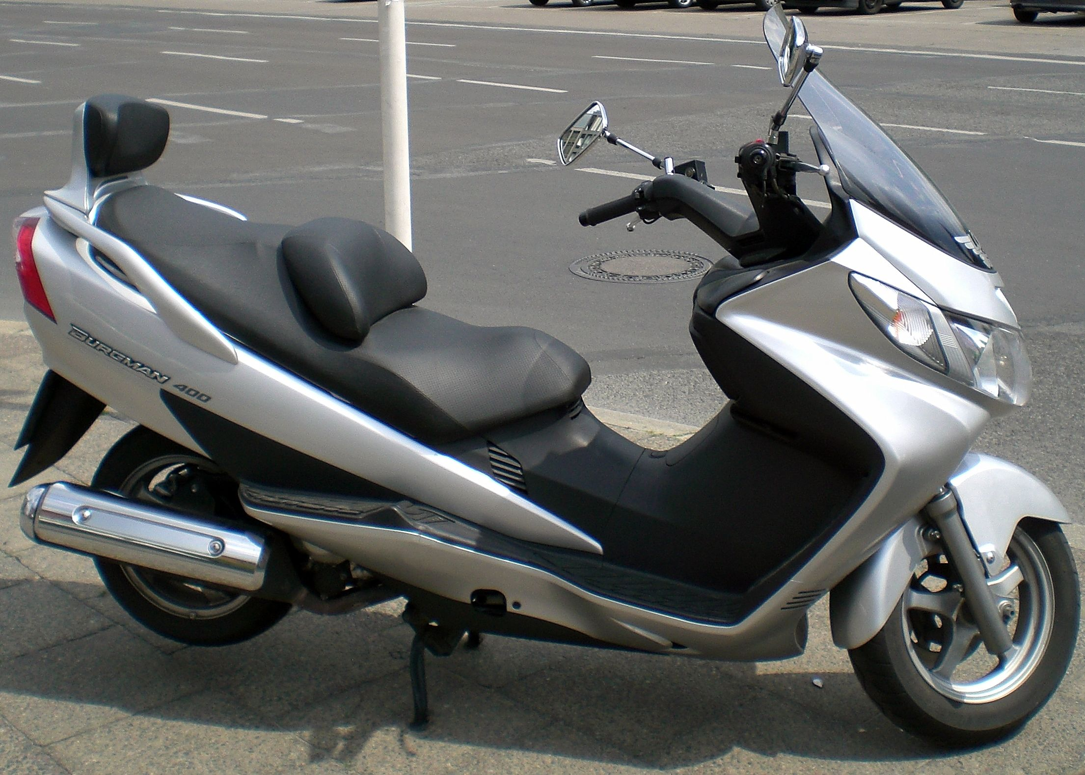 Suzuki Burgman 650 Executive. I've wanted one of these scooters for ...
