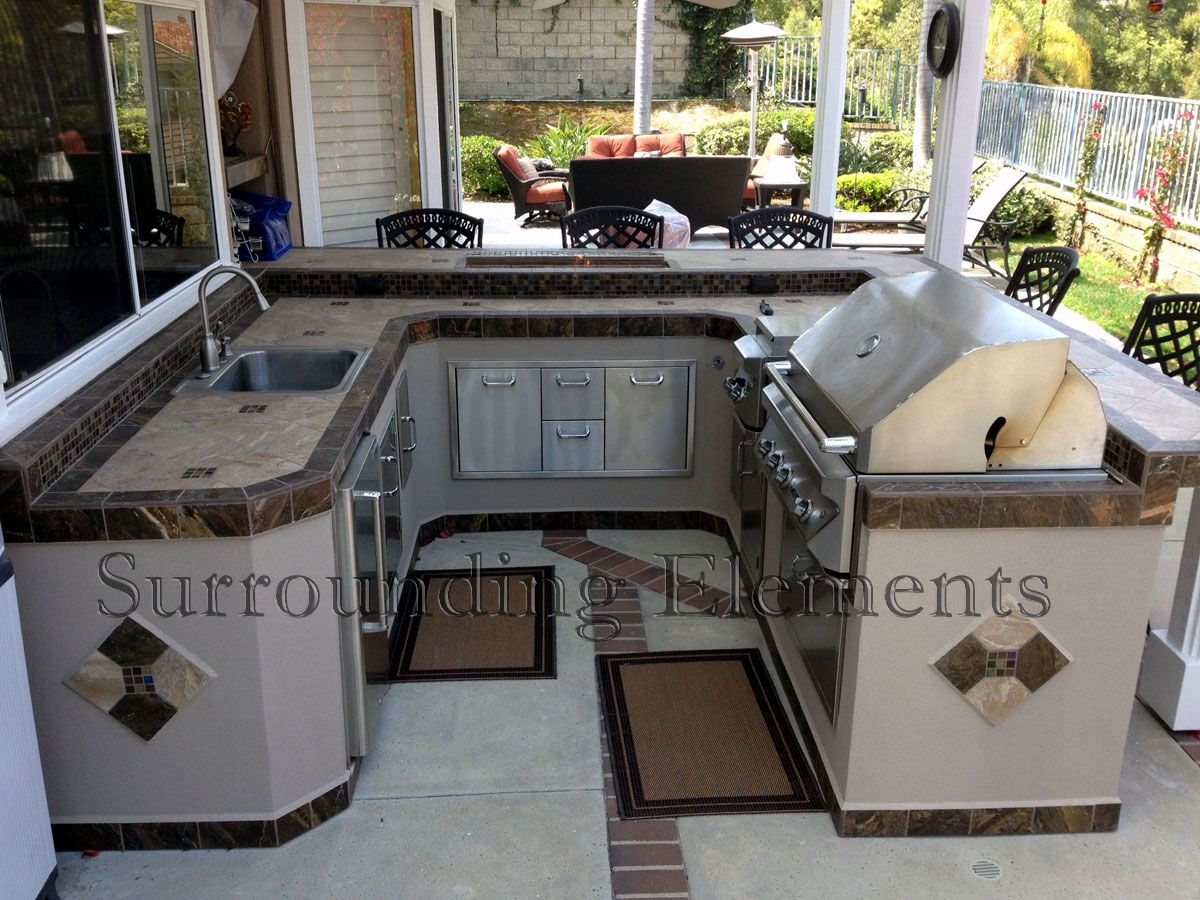 Outdoor Barbeque Islands | Surrounding Elements   Custom Outdoor Barbecue  Islands And BBQ Island .