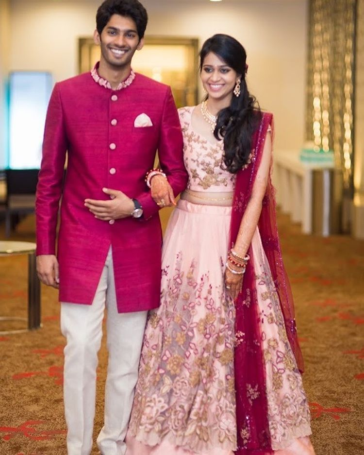 bride Sneha & groom Vaibhav in Shyamal & Bhumika