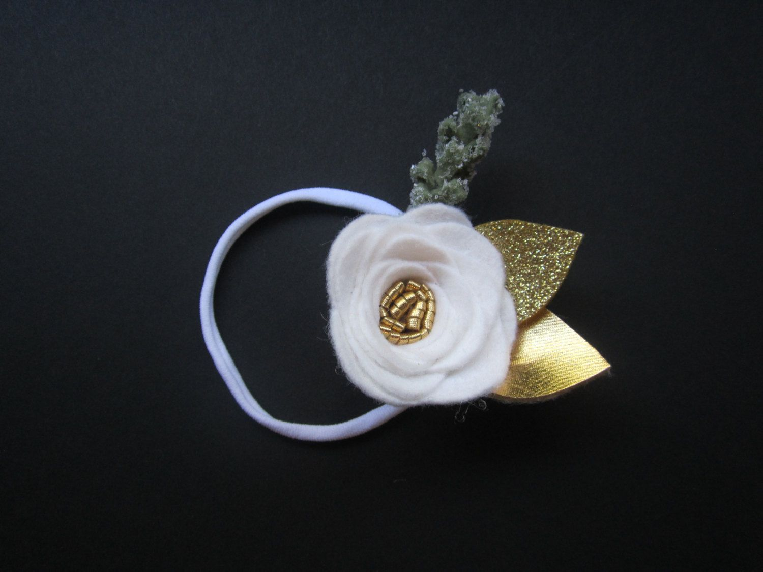 Single White Felt Flower with Gold & Glittered Leaves Headband/Clip / Christmas / Holiday / Photo Prop / Baby Girl / Toddler Girl by BobanaBoutique on Etsy https://www.etsy.com/listing/252933038/single-white-felt-flower-with-gold