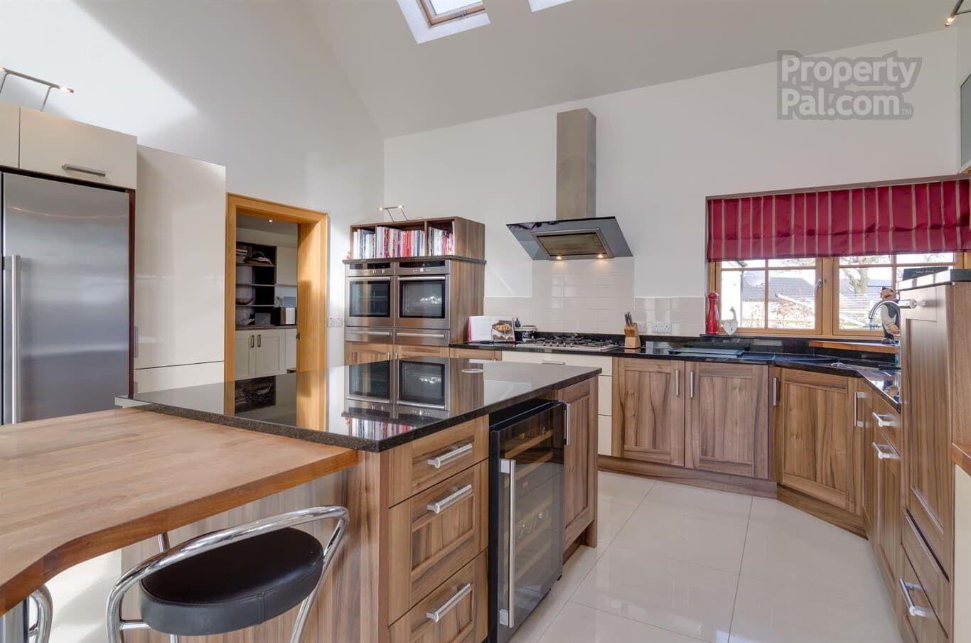 25F Ballinderry Road, Aghalee, Craigavon Kitchen