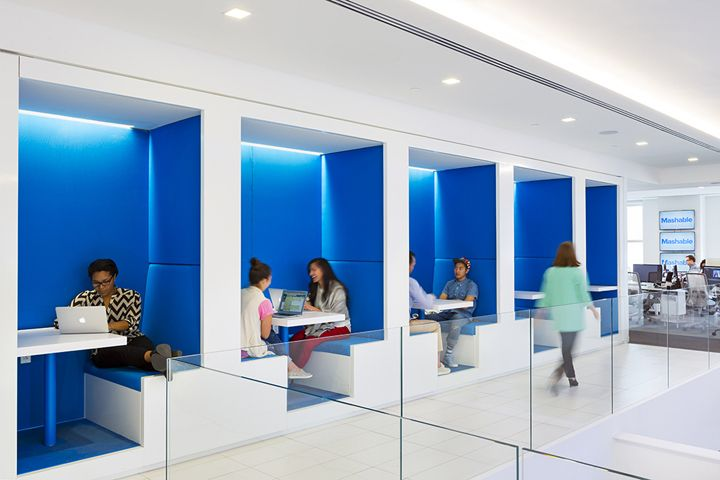 Mashable headquarters by studios new york city retail for Interior design office new york