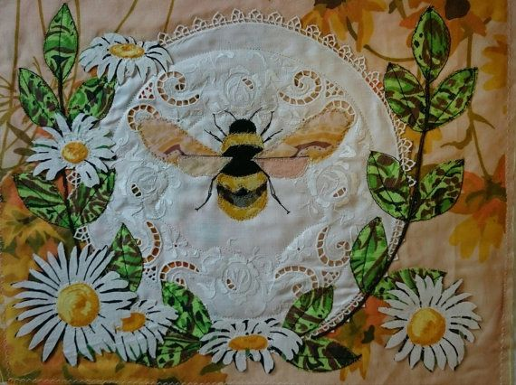 Heraldic Queen Bee adorned with Oxeye daisies by SusannahSindall