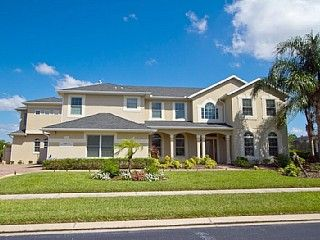 Star Lake Manor - 7bed, 7bath upscale luxury home with cinema & enormous pool