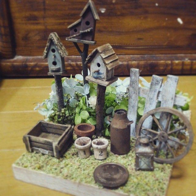 miniature#miniatures garden#birdhouse