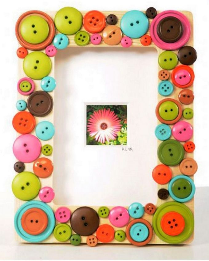 Creative Ideas To Re Purpose Old Stuff Buttens Picture Frame