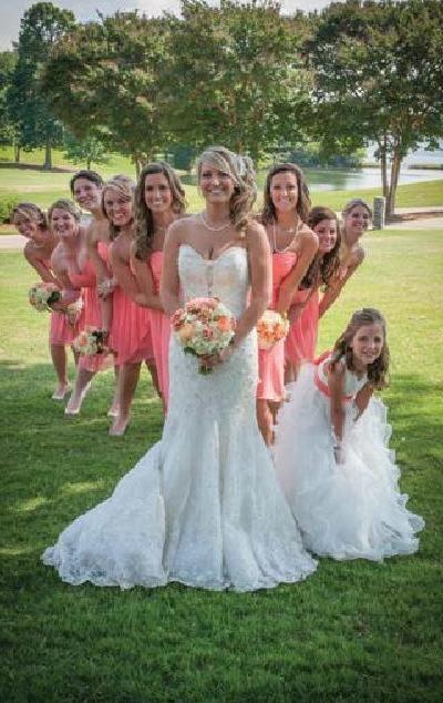 Todas con ella #ClippedOnIssuu from Nashville Pink Bride Magazine Summer 2014