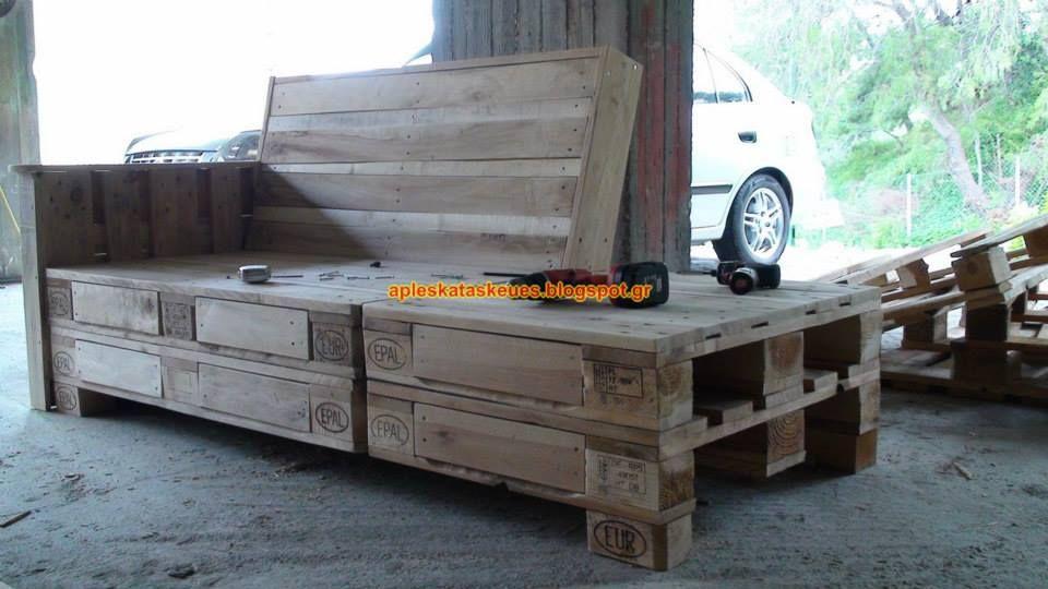 b17e8d182c55 Απλές κατασκευές από παλέτες   Simple Pallet Construction  Κατασκευή  Ανάκλιντρου - 2θέσιου - πολυθρόνα - πίνακες - διακοσμητικά κ.α. στο σαλόνι  μου όλα από ...