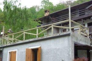 Recinzione con pali di cemento