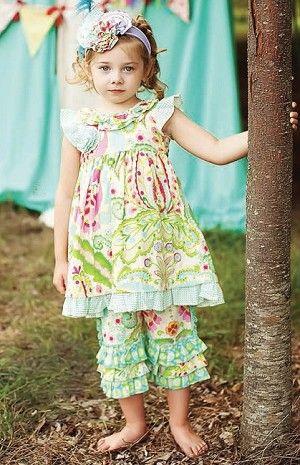 Spring / Summer girl: Mustard Pie Rainbow Turquoise Carousel Crops
