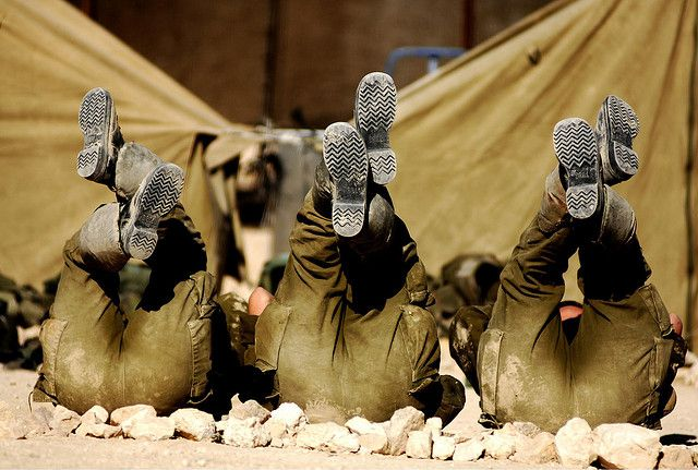 Female Soldiers Do Situps by Israel Defense Forces, via Flickr