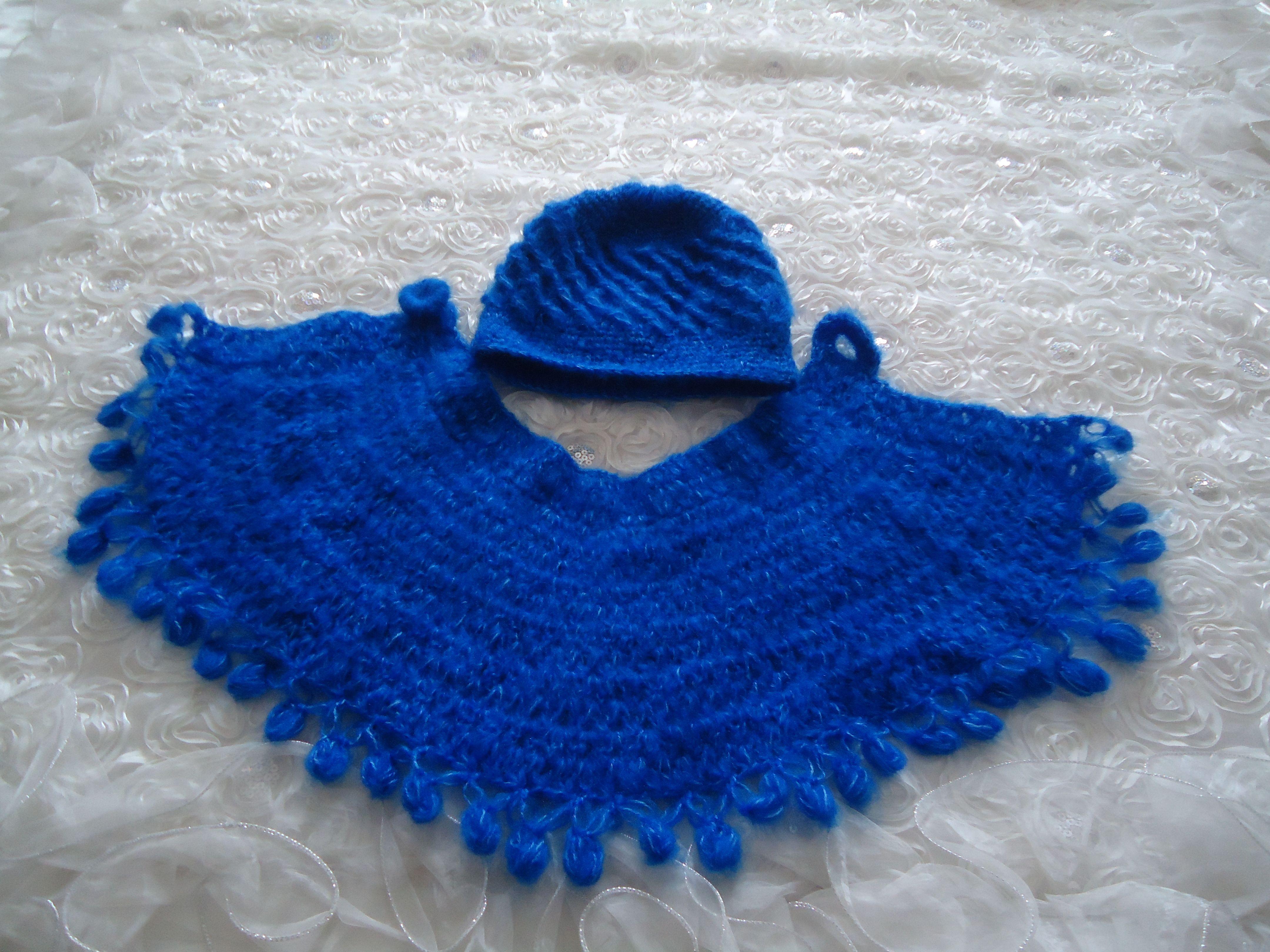 önü açık boyunluk modeli ve şapkası