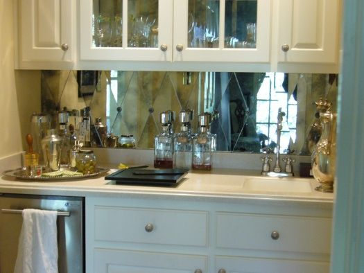 Cafe Antique Mirror Glass Harlequin Install With Rosettes Timeless Reflections Produces Over 15 000 Harlequins A Mirror Backsplashbacksplash Ideaskitchen