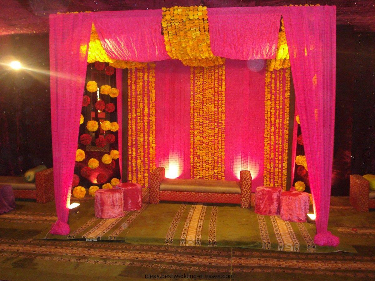 Simple Stage Decoration With Marigold Flowers Valoblogi Com