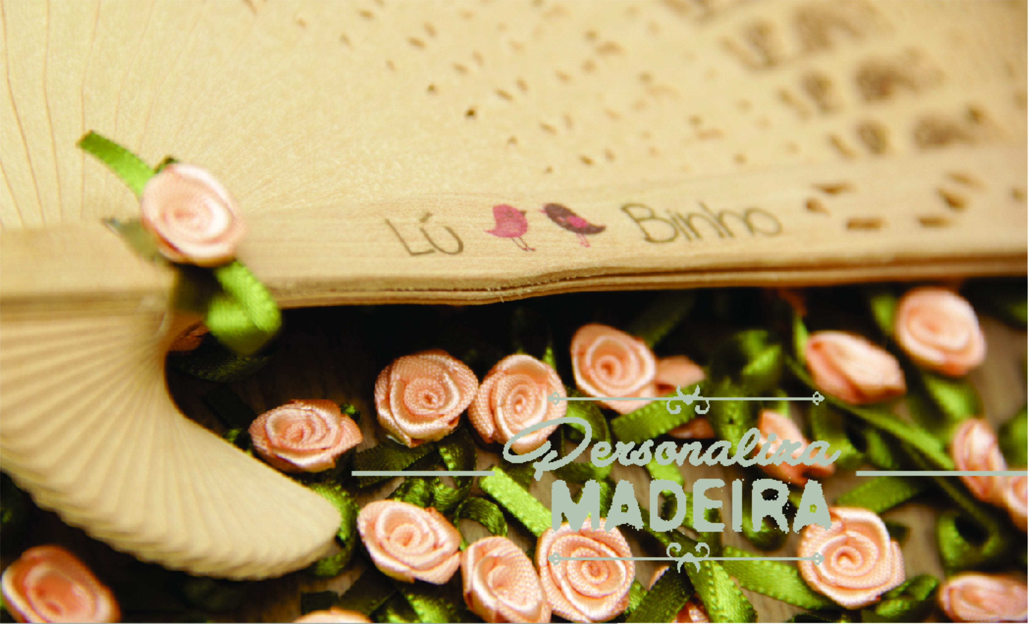 Leque com rococo, impressão direto na madeira, lindo! veja mais em www.personalizamadeira.com.br
