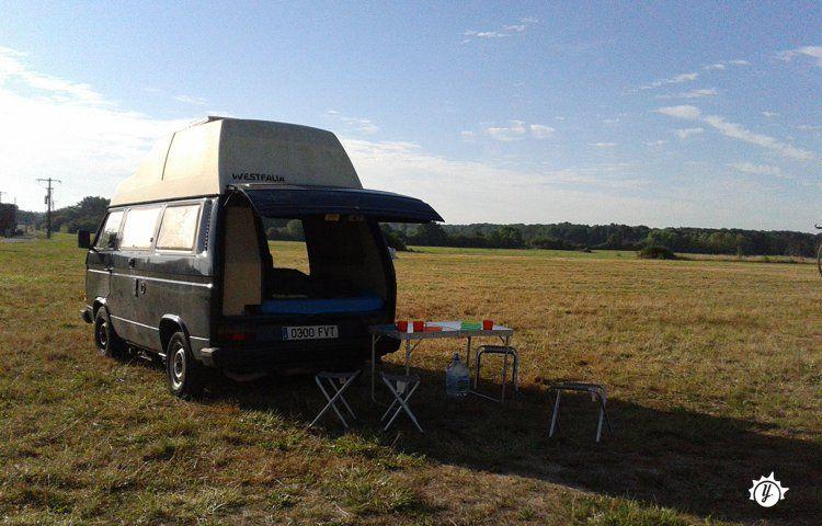 alquiler furgoneta camper - barcelona - vw t3 1986 | yescapa