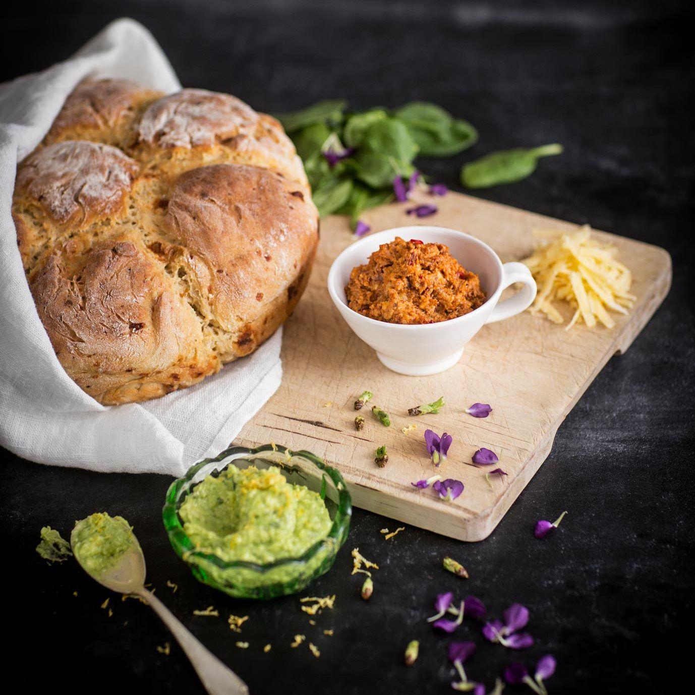 Brytbröd med kalamataoliver
