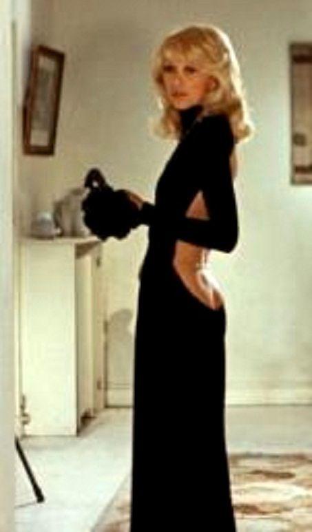 Mireille darc robe noire