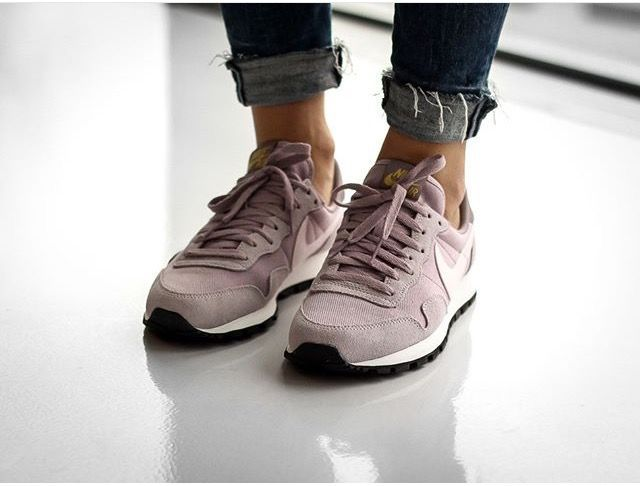 nike air pegasus 83 beige leather sneakers