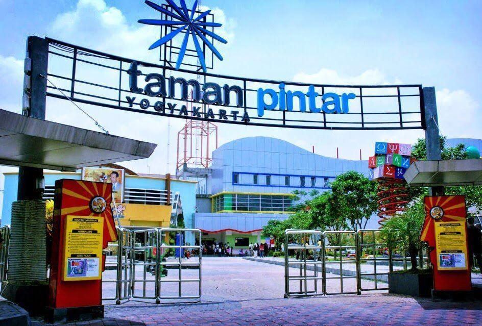 Travel Taman Tempat Yogyakarta