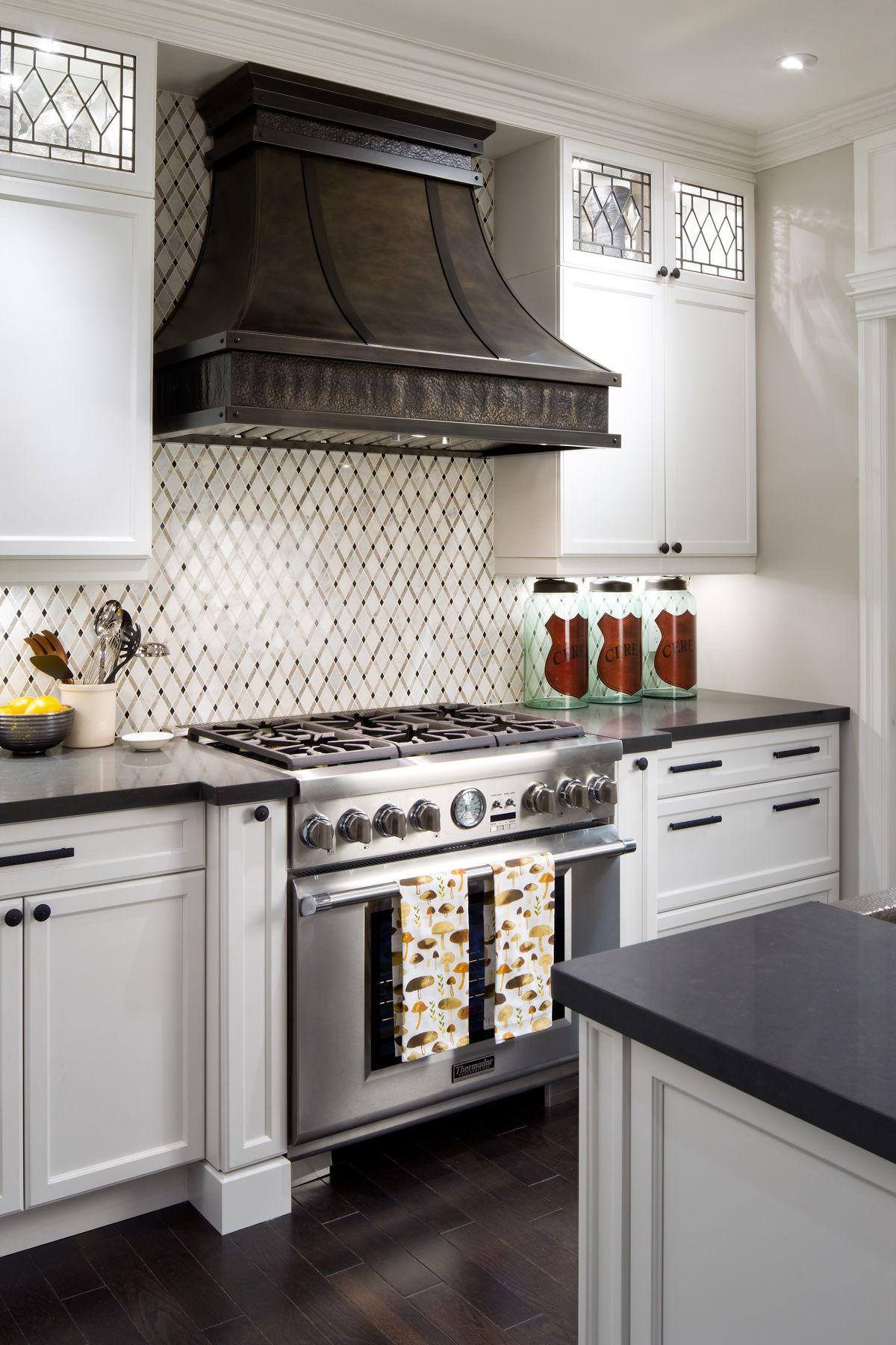 Candice Olson On Unique Kitchen Details Kitchen Design Gallery Interior Design Kitchen Kitchen Design
