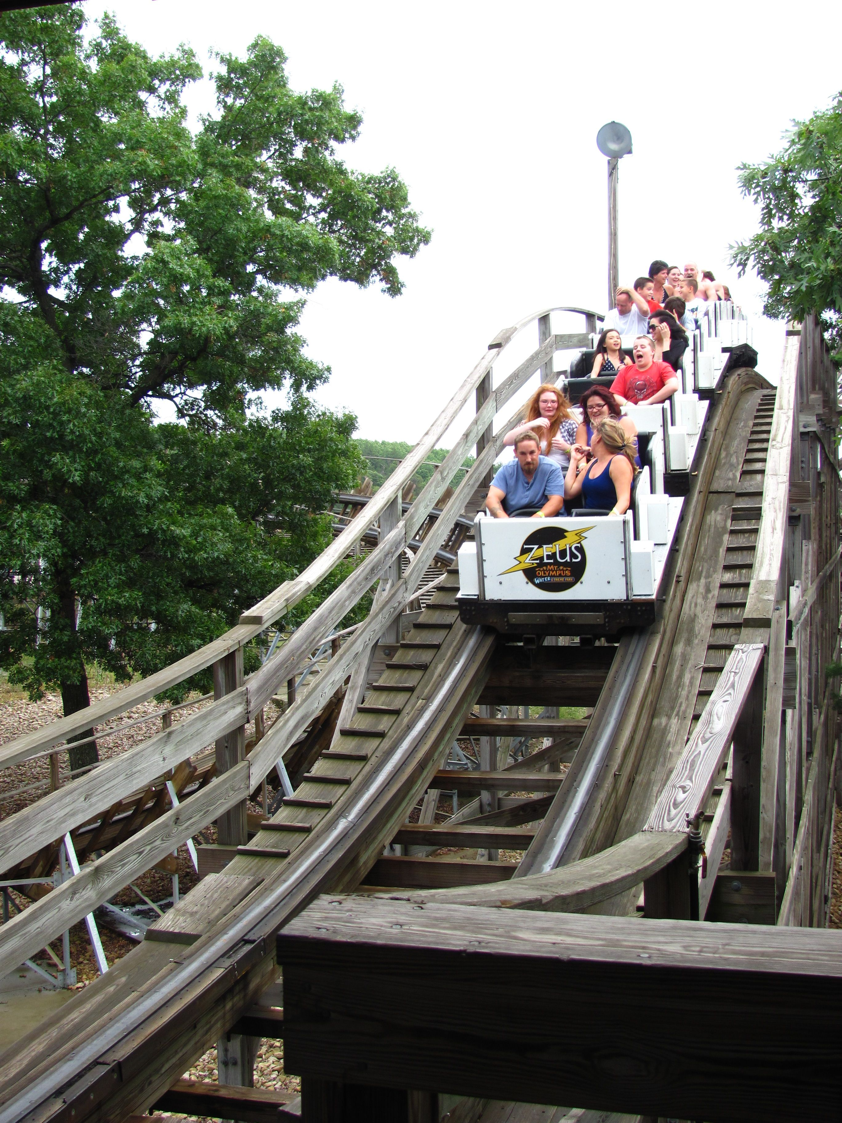 Zeus Mt Olympus Water Theme Park In Wisconsin Dells - Pedal powered skycycle rollercoaster japan amazing