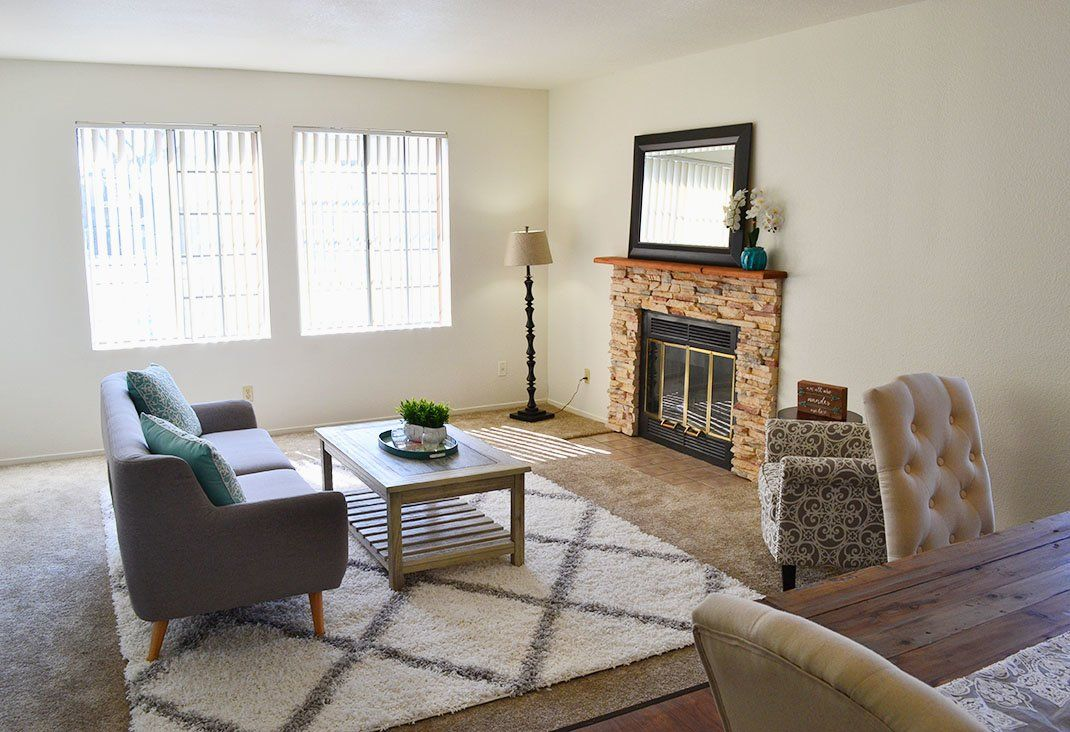 Find Your Comfy Summer Spot At Edgewater Isle Apartments In Hanford California Hanford Home Edgewater