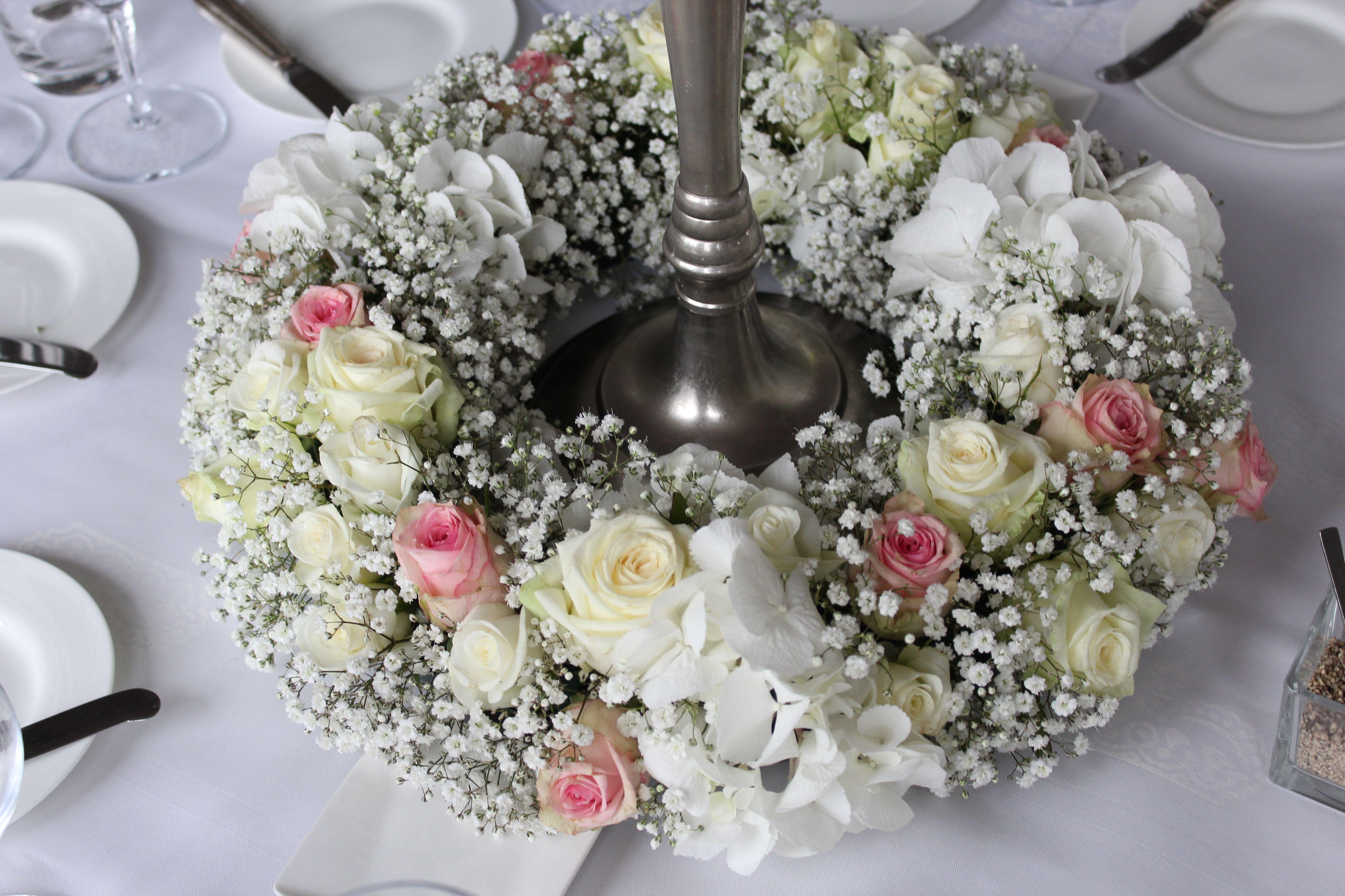 Tafeldecoratie huwelijk krans bruidswerk trouwboeket for Tafeldecoratie huwelijk