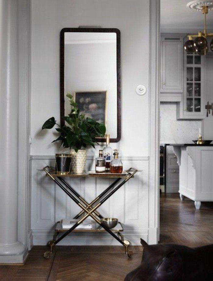 Comment sauver d 39 espace avec les meubles gain de place for Petit miroir rectangulaire