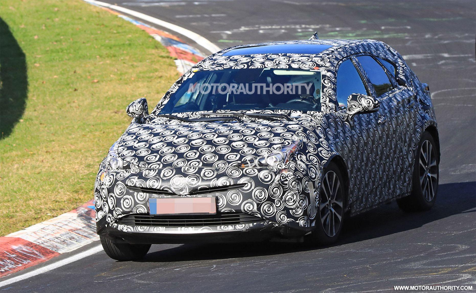 2020 Toyota Prius V in 2020 Toyota prius, Honda insight