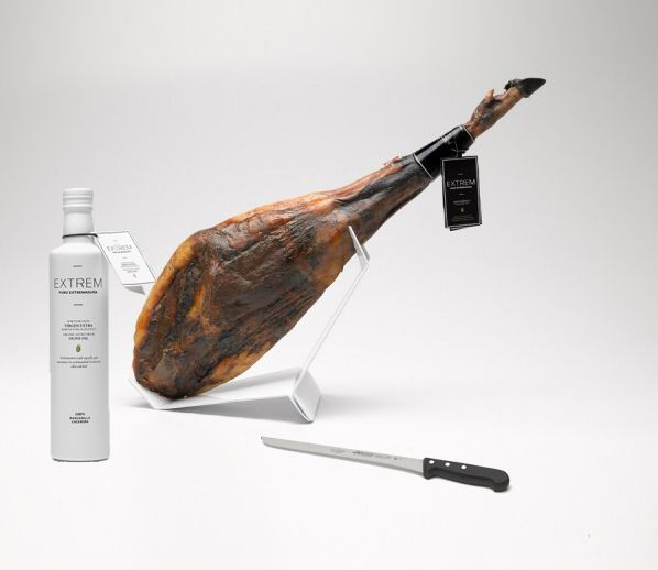 Lot nº 2: 75% acorn Iberian ham + 500ml bottle of Extrem oil + Ham knife Extrem - Jamón Ibérico OnlineJamón Ibérico Online