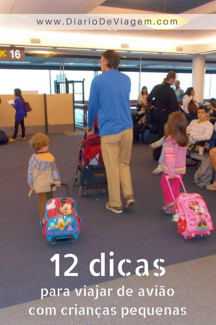 Dicas para viajar de avião com crianças. O que levar, como se preparar e quais as providências na chegada.