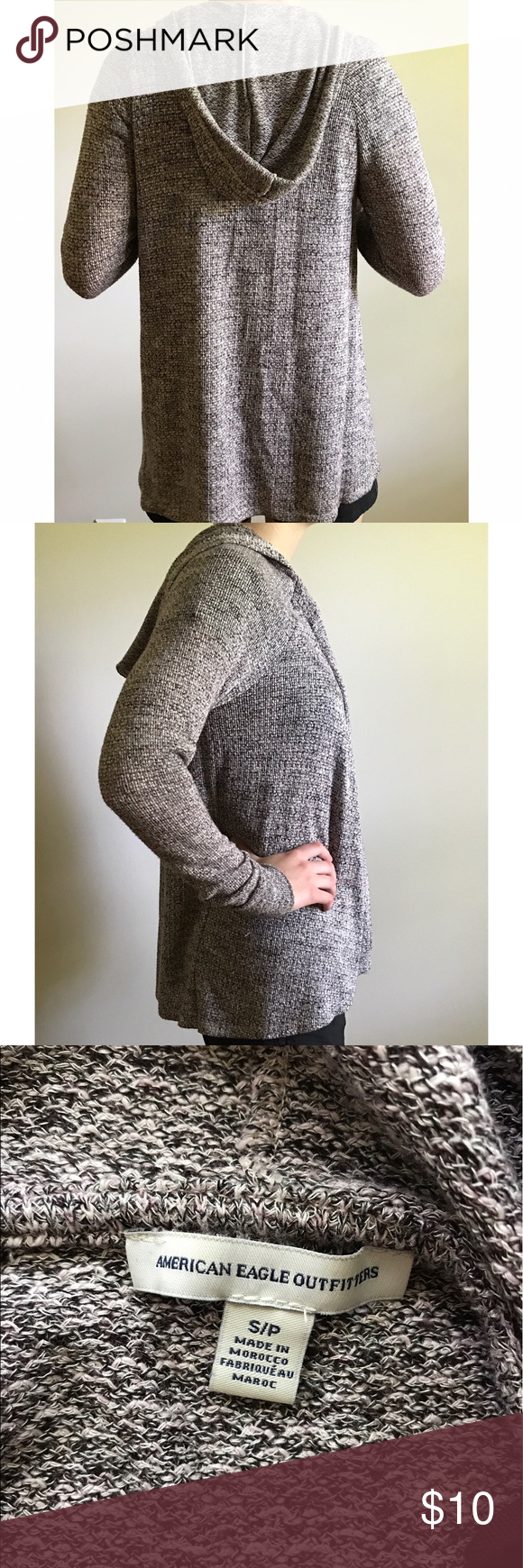 American Eagle Sweater A cute light sweater. Opened front. Easy to ...