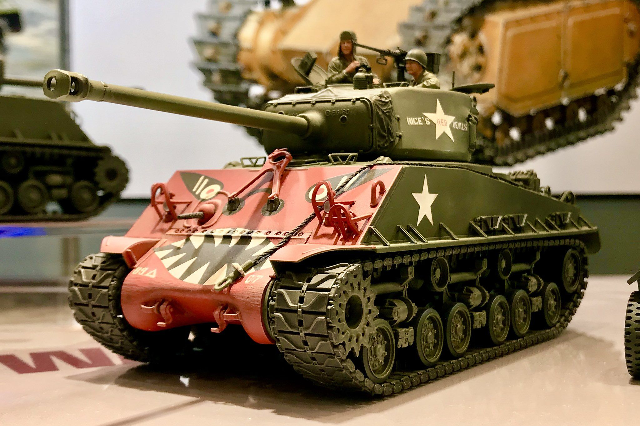"Tamiya 35359 1-35 U S  Medium Tank M4A3E8 Sherman ""Easy"