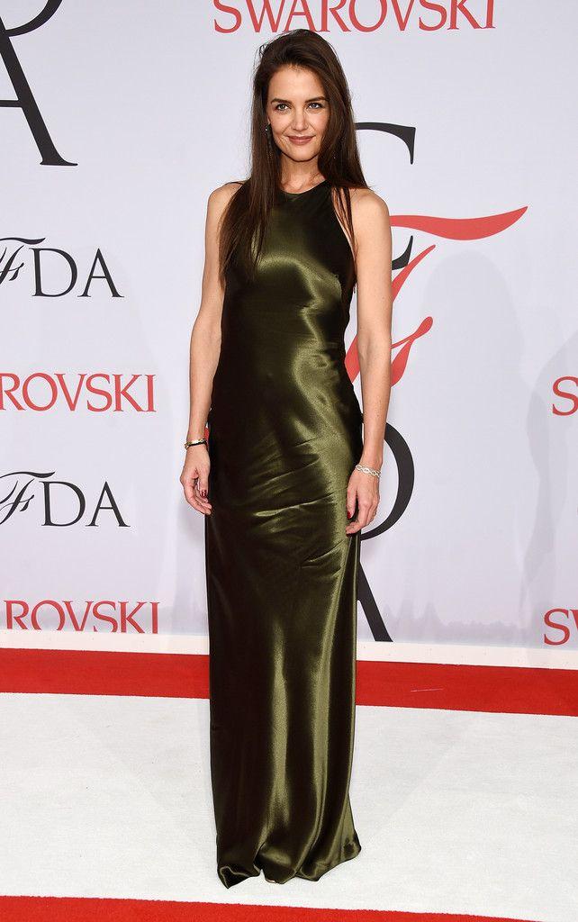 katie holmes green ralph lauren 2015+CFDA+Fashion+Awards+Inside+Arrivals+gd7iQw04Drzx