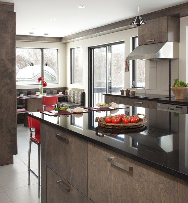 Armoires de cuisine de style contemporain Lu0027îlot et la totalité de