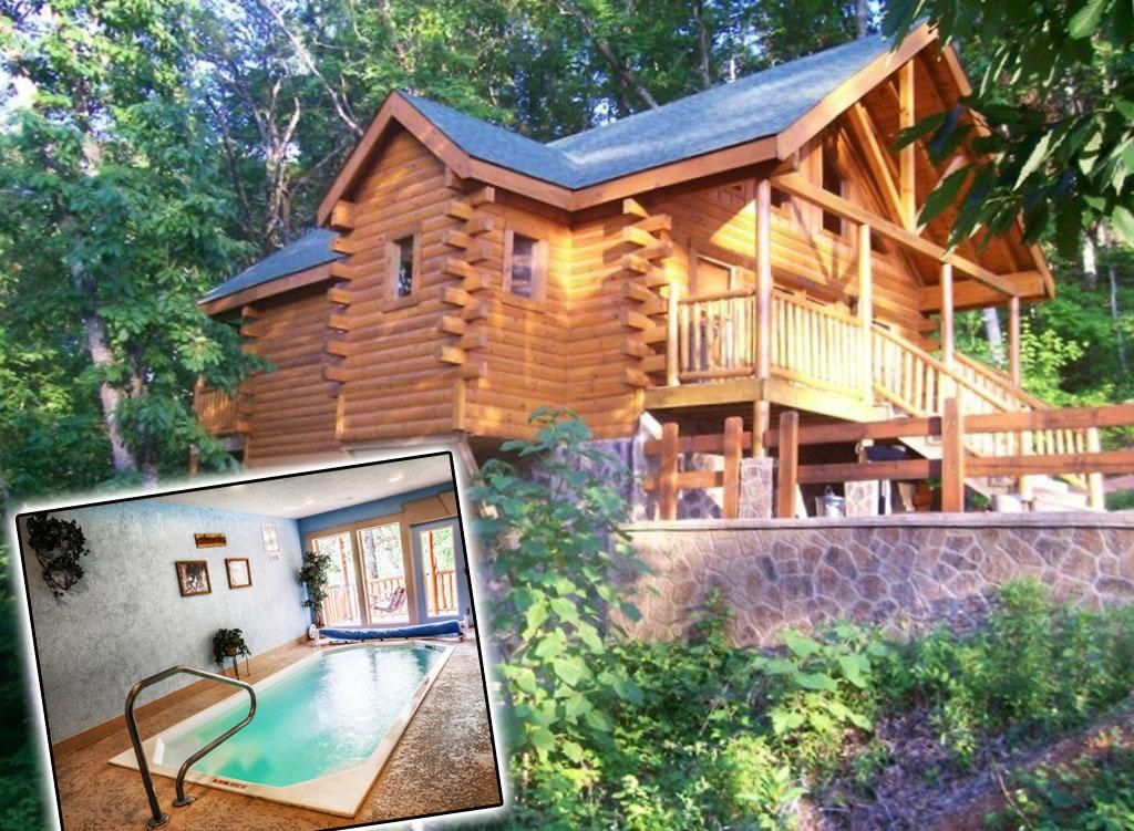 Located In Pigeon Forge Swim N Bear Honeymoon Cabin With Private Pool Provides Accommodations With A Privat Honeymoon Cabin Tennessee Vacation Vacation Rental