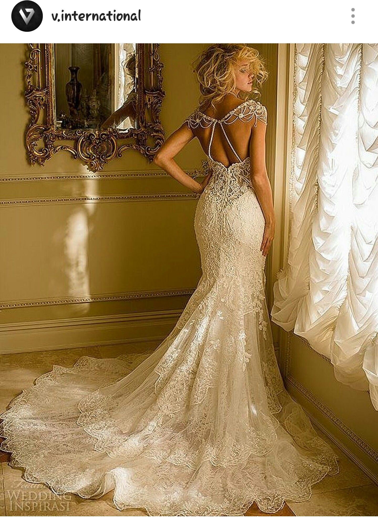 Wedding dresses for large busts  imagen de instagram vogue international  Trajes de novias y algo