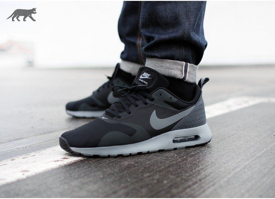 Nike Air Max Tavas Black | Adidas schuhe herren, Nike schuhe