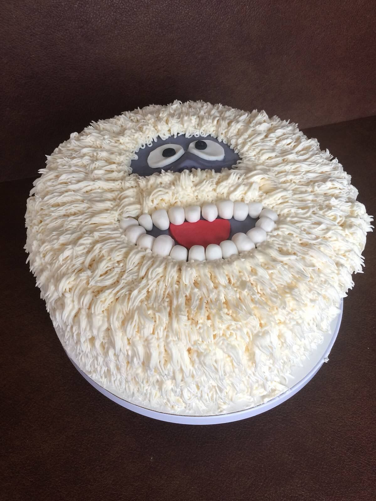 Bumble the abominable snowman cake super fun my cakes for Abominable snowman holiday decoration