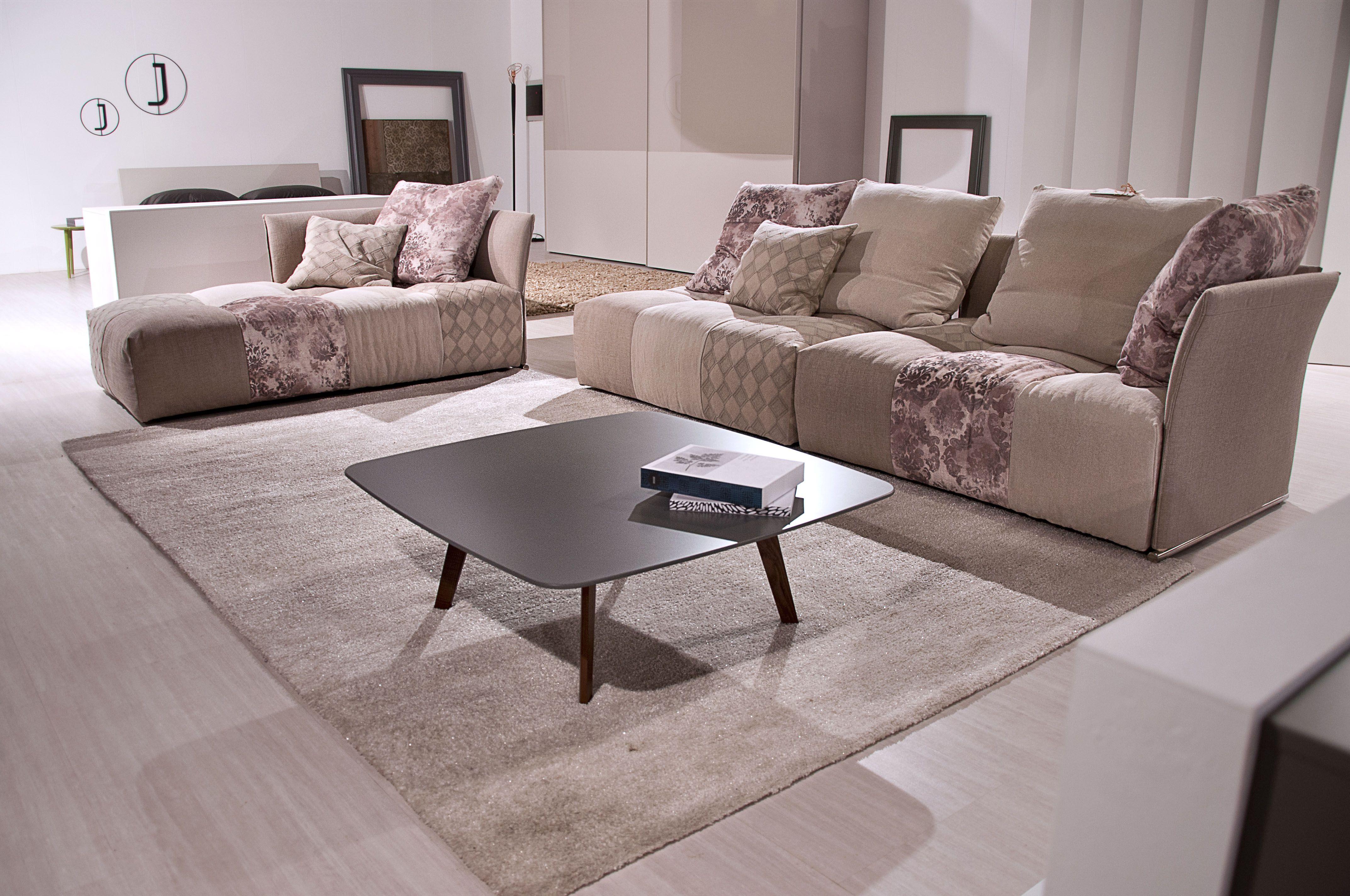 Divano pixel di saba divani pinterest punti vendita for Turco arredamenti offerte