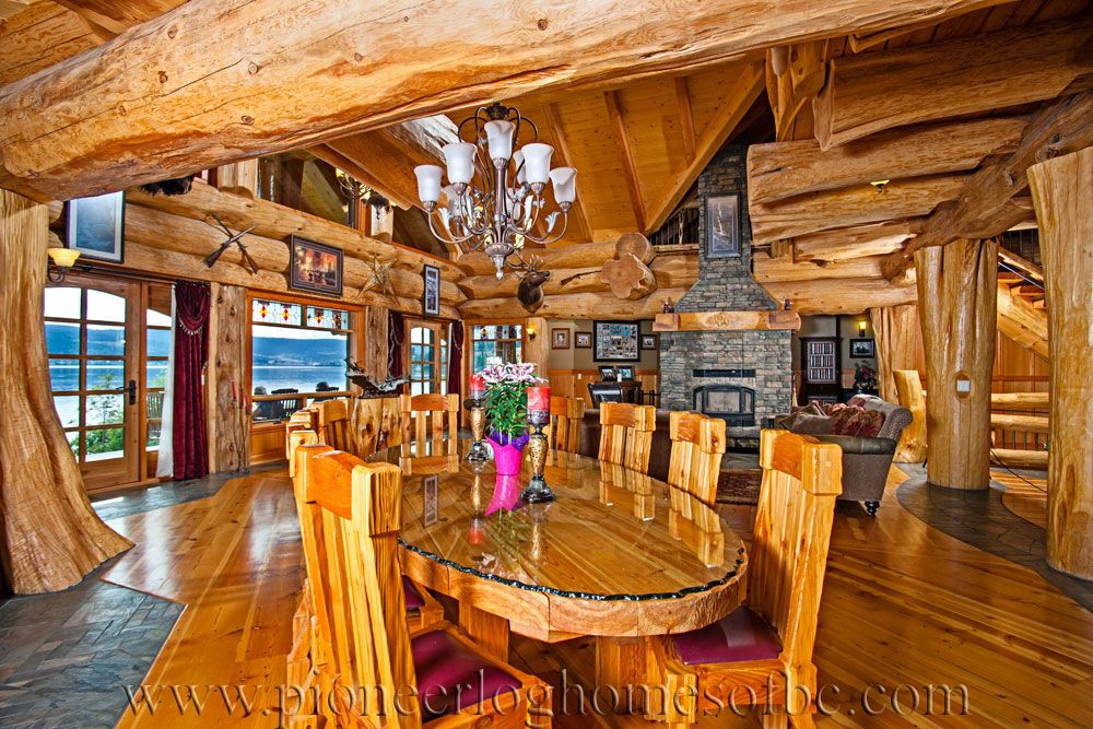 signal-point-interior-12 Pioneer Log Homes.  love this table