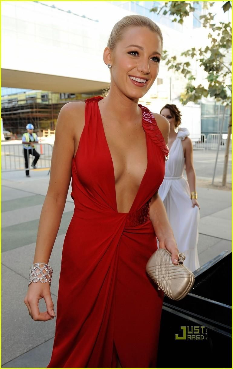 Blake Lively Red Dress Hot | Night to Remember | Pinterest | Lady ...