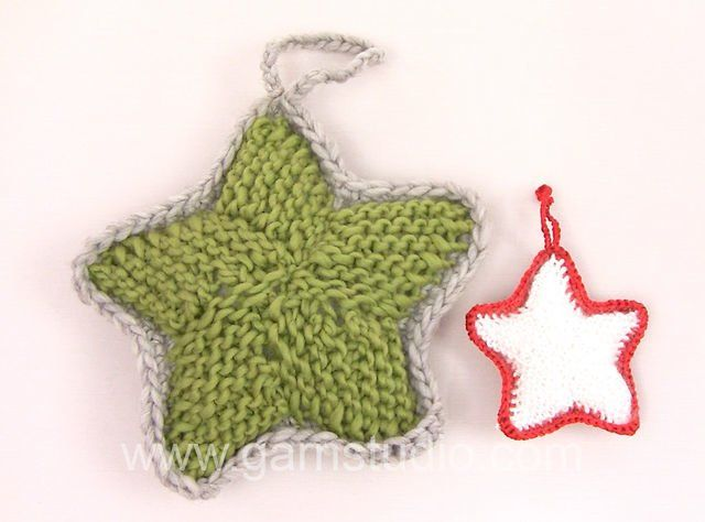 DROPS Knitting Tutorial: How to knit a Christmas star