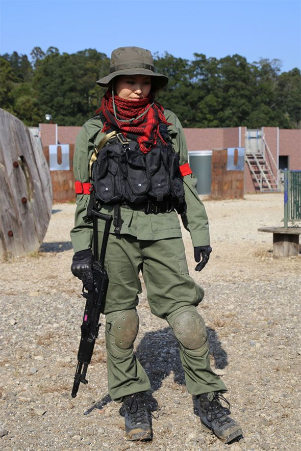 Fashion Photo Woman. boonie hat and Stole.  Military  girl  gun  combat 9b5fed300e9