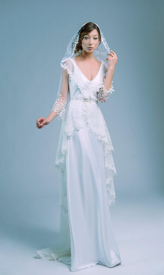 Cadenza luxurious lace wedding dress 2 in 1 by PetiteLumiereCo | Fun ...